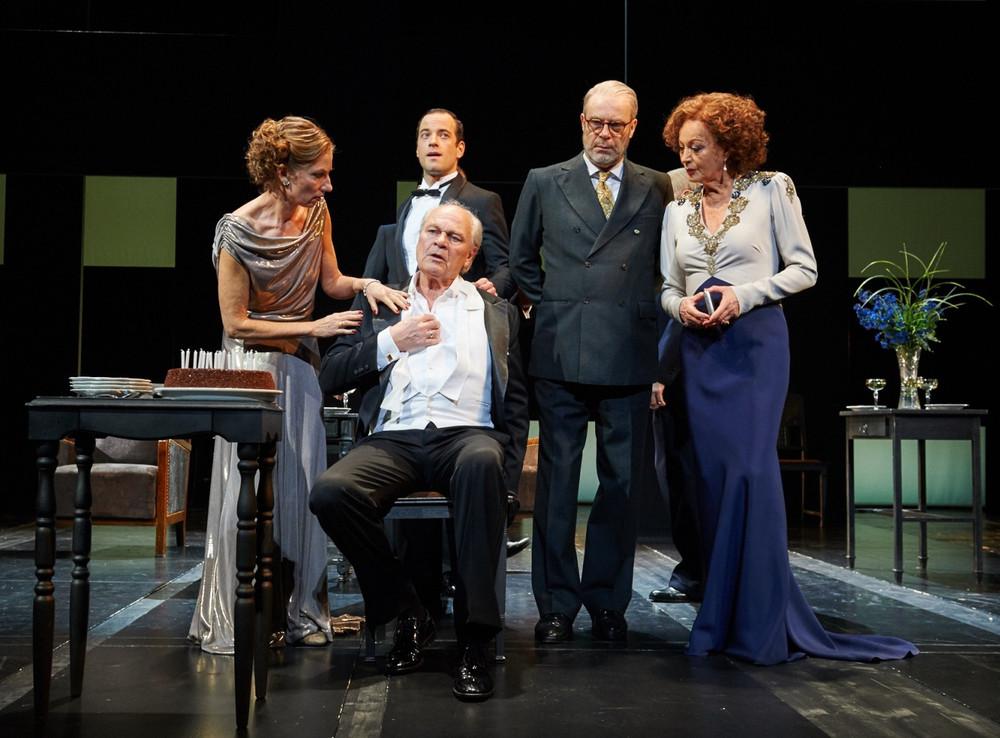 Theater In Der Josefstadt Stücke